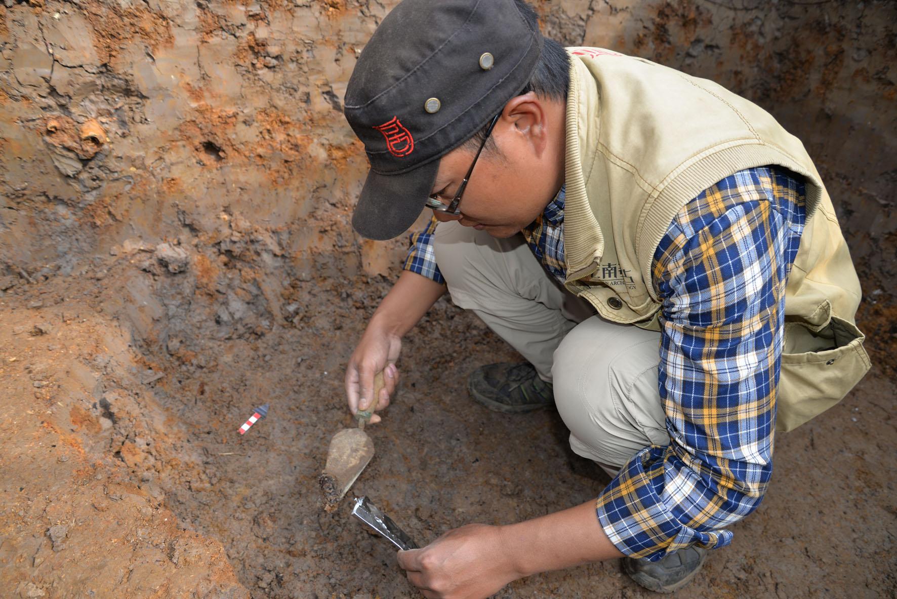 v文物文物的人都是考古学家?--《自助神秘的深圳叩开旅游景点攻略图片